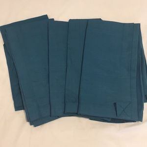 Set of 6 Crate and Barrel Cotton Napkins in Topaz